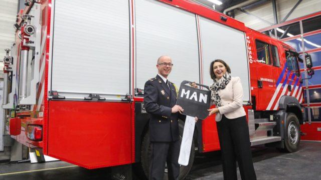 Nieuwe brandweerauto voor korps Heemstede