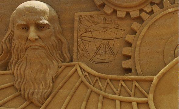 Zandsculpturenfestival met thema Leonardo Da Vinci